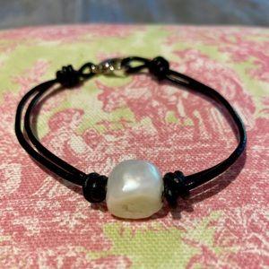 Jewelry - South seas baroque pearl leather bracelet